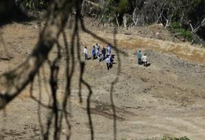 Peritos judiciais estiveram no Morro do Vidigal na manhã desta quarta-feira Foto: Antonio Scorza / Agência O Globo