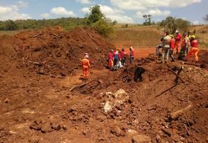 Corpo de Bombeiros fazem buscas por vítimas em Brumadinho, Minas Gerais Foto: Divulgação
