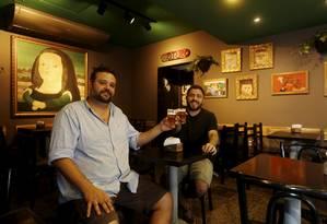 O sócios Bruno Magalhães (à esquerda) e Bruno Vaz Foto: Fábio Guimarães / Agência O Globo