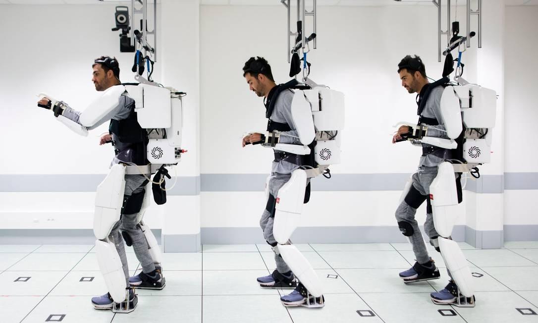 O experimento que fez um homem tetraplégico voltar a andar foi conduzido na Universidade de Grenoble, na França. Foto: HO / AFP