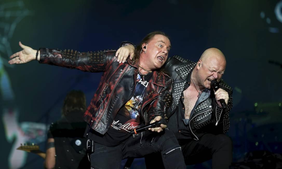 Banda alemã se apresenta com seus ex-vocalistas Michael Kiske e Kai Hansen Foto: MARCELO THEOBALD / Agência O Globo