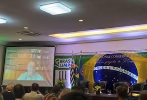 Jair Bolsonaro faz transmissão ao vivo para o 3º Simpósio Nacional Conservador, realizado em Ribeirão Preto (SP) Foto: Camilo Calandreli / Divulgação