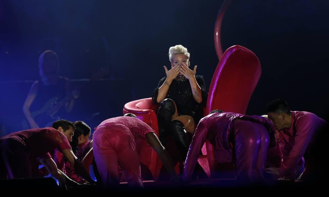 Foram muitas coreografias e climas no palco. Foto: Márcio Alves / Agência O Globo