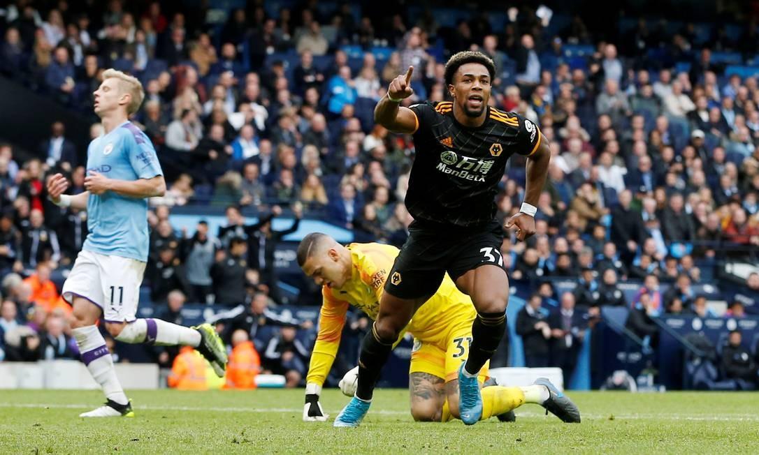 Adama Traore marcou os dois da vitória do Wolverhampton sobre o Manchester City Foto: ANDREW YATES / REUTERS