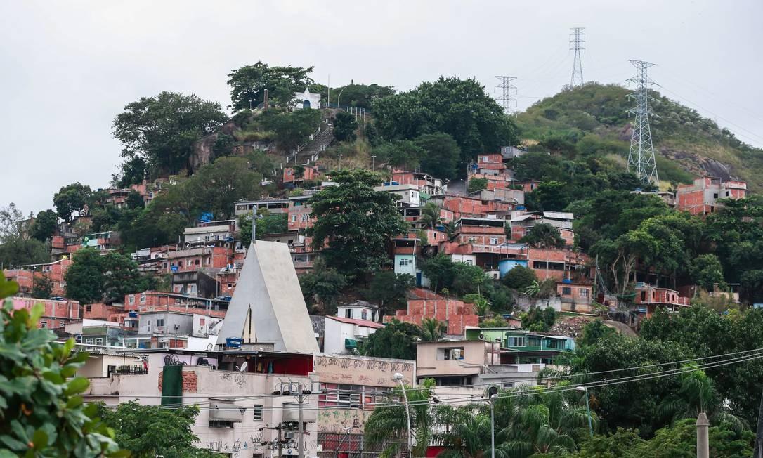 O Morro da Serrinha, Madureira, Zona Norte do Rio, fica dentro da área de patrulhamento do 9º Batalhão da Polícia Militar de Rocha Miranda (9º BPM) Foto: Marcelo Régua / Agência O Globo - 08/06/2018