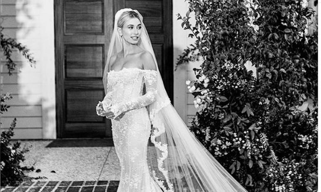 A noiva Hailey Bieber Foto: Corey Tenold / Instagram
