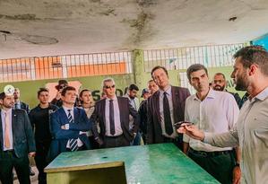 O agente Rottava (o primeiro à direita) ao lado do governador Helder Barbalho, em evento com o ministro Sergio Moro Foto: Reprodução/Instagram