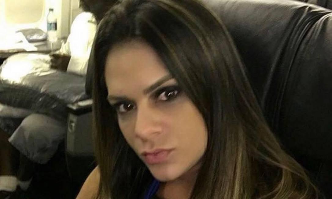 Shanna é filha do bicheiro Waldomiro Paes Garcia, o Maninho, que foi assassinado em 28/12/2004 Foto: Reprodução/Facebook