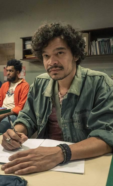 Giraia (José Trassi): o estudante vende remédios roubados para colegas Foto: Mauricio Fidalgo / TV Globo
