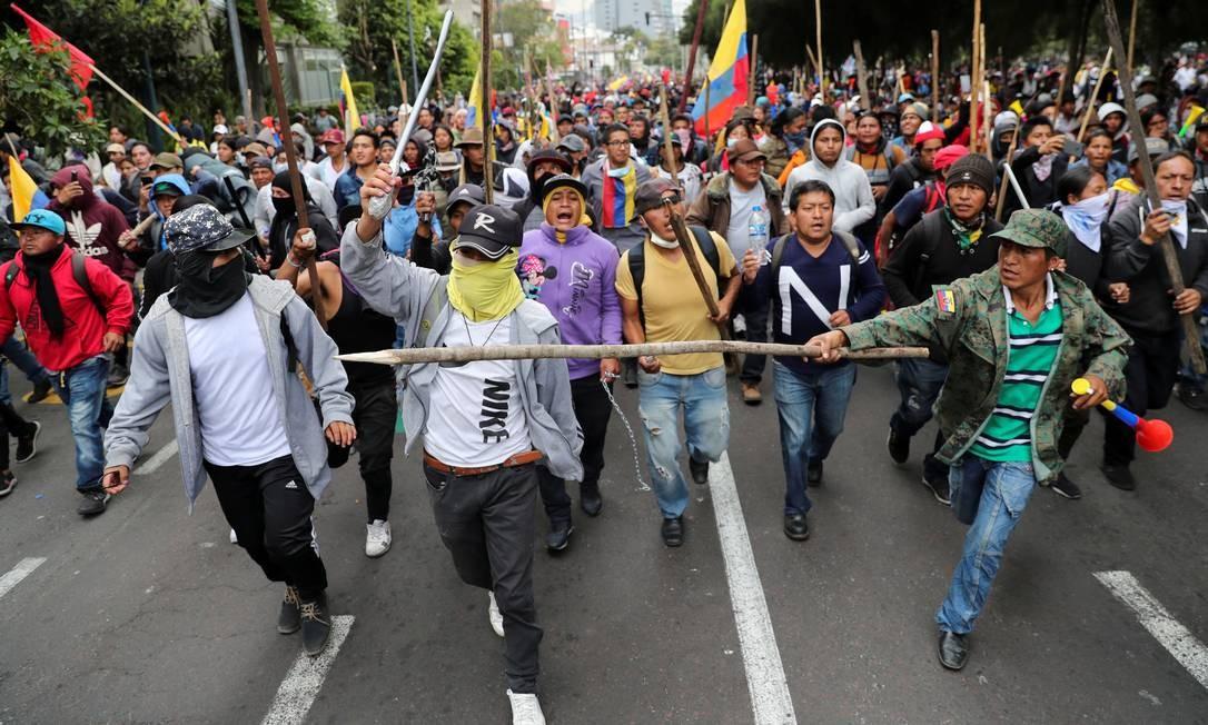 Com a crise enfrentada desde 2014, o governo equatoriano anunciou uma série de reformas trabalhistas e fiscais na quarta-feira passada. Entre elas, está o fim de subsídios estatais aos combustíveis Foto: IVAN ALVARADO / REUTERS