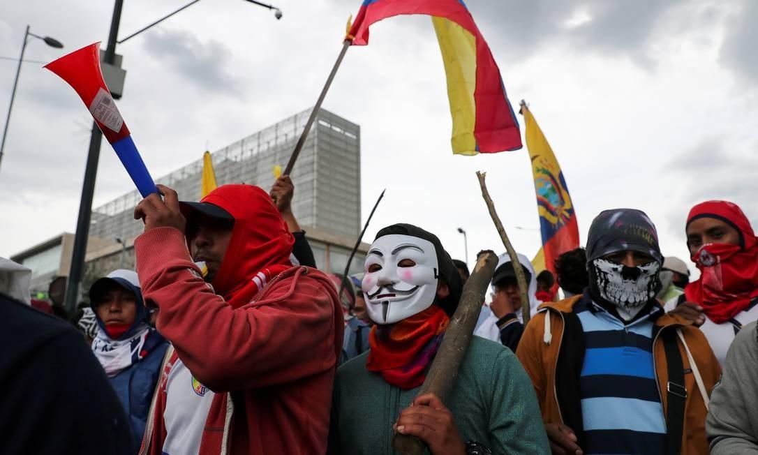 Nesta terça-feira, novos confrontos ocorreram no Congresso, que chegou a ser invadido por manifestantes Foto: IVAN ALVARADO / REUTERS
