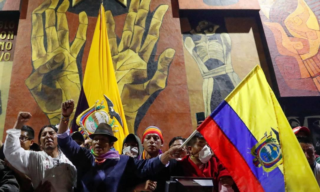 Liderados pela Conaie, manifestantes invadem a Assembleia Nacional, em Quito Foto: CARLOS GARCIA RAWLINS / REUTERS