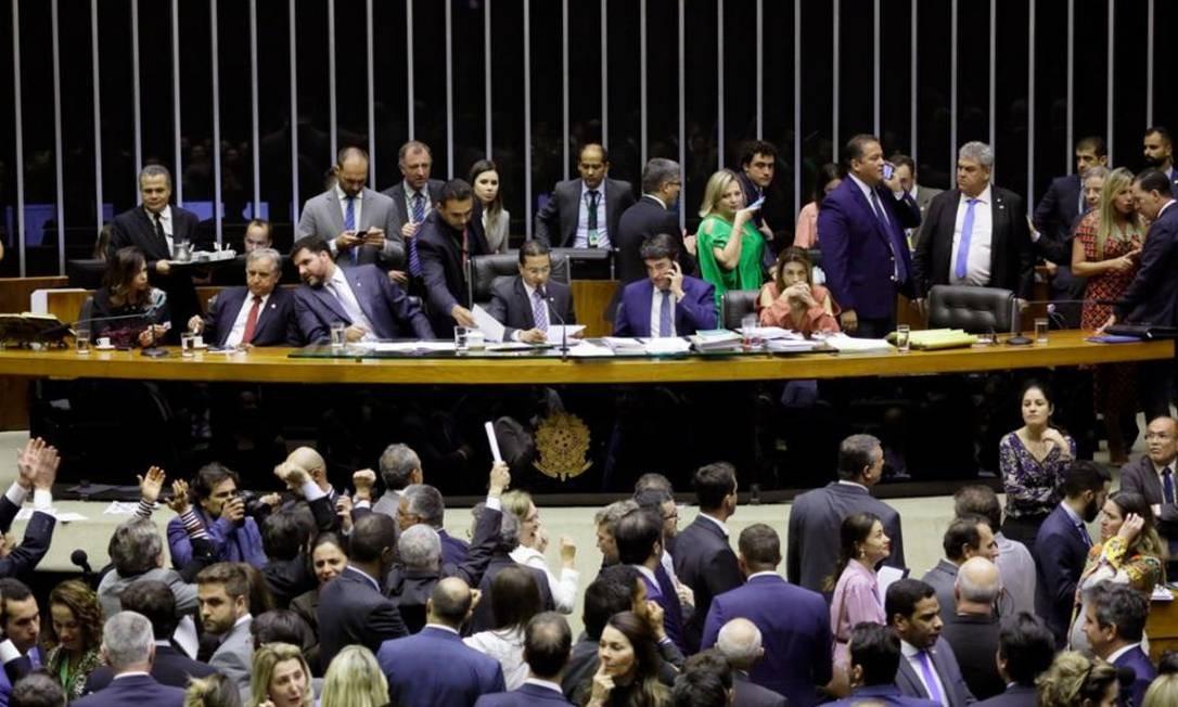 Câmara aprova crédito que beneficia deputados, mas Senado derruba sessão Foto: Agência Senado