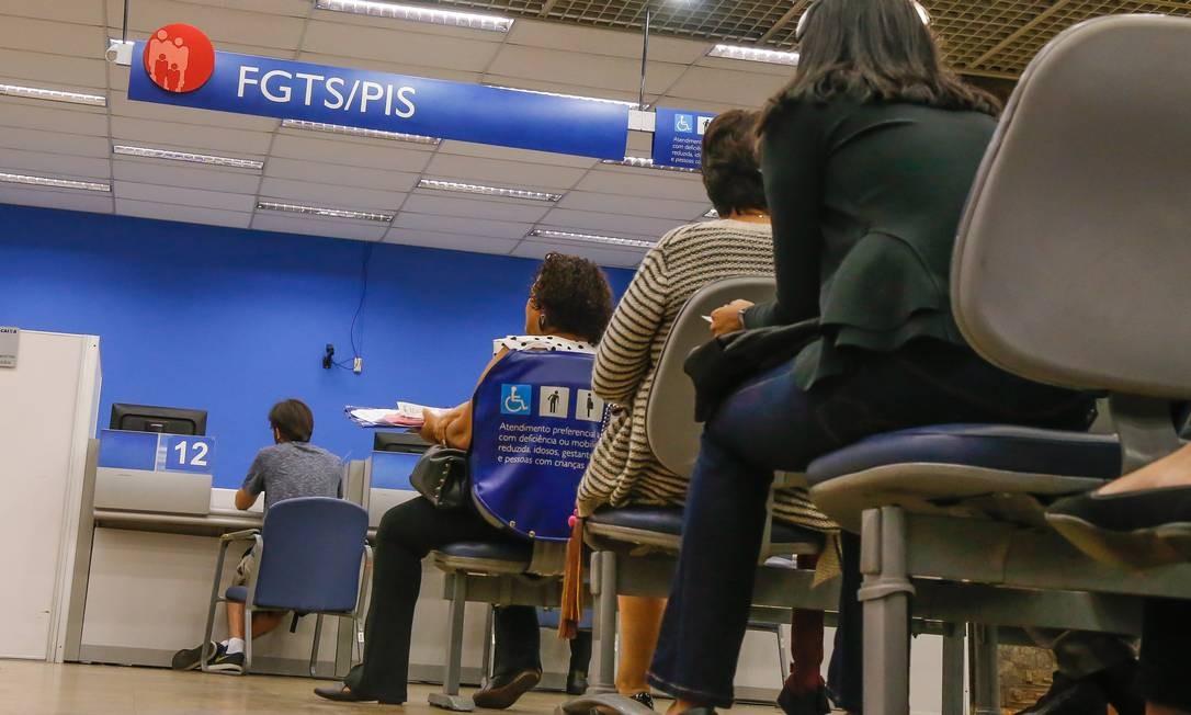 Liberação de Saques do FGTS de 2019 na Caixa Econômica Foto: Marcelo Régua/13-09-2019