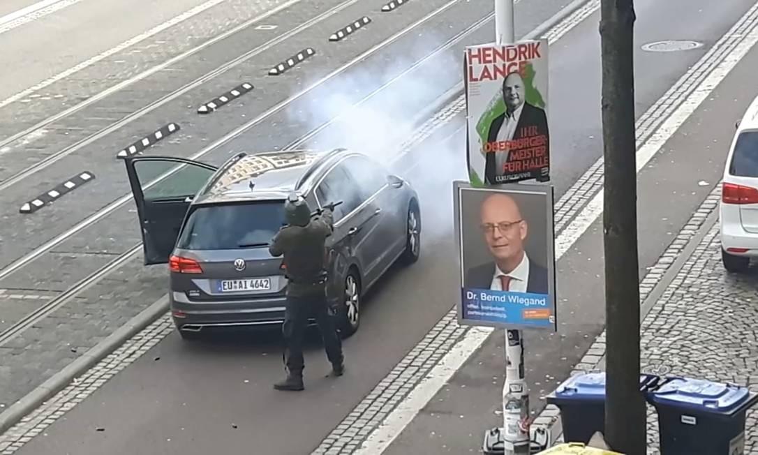 A ação é semelhante ao ataque contra duas mesquitas de Christchurch, na Nova Zelândia, que matou 51 pessoas em 15 de março de 2019 Foto: REUTERS TV / REUTERS