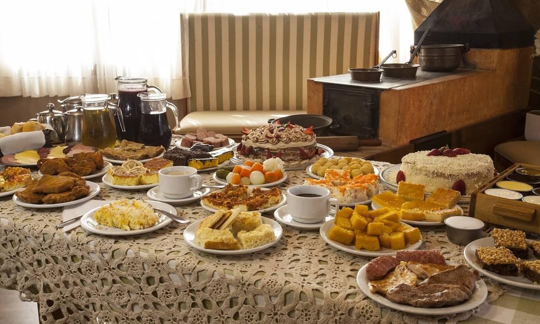 O famoso café da manhã servido nos hotéis de Gramado Foto: Cleiton Thiele / Divulgação