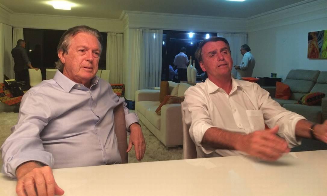Bolsonaro e Bivar durante a pré-campanha à Presidência 11/01/2018 Foto: Divulgação