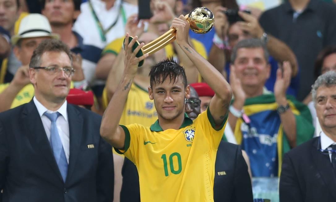 Neymar foi eleito o melhor da Copa das Confederações Foto: EdIson Vara/MOWA PRESS