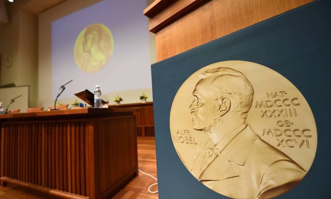 Prêmio Nobel da Paz já foi concedido ao ex-presidente da Colômbia Juan Manuel Santos e Malala Yousafzai, a pessoa mais jovem a receber o prêmio Foto: JONATHAN NACKSTRAND / AFP