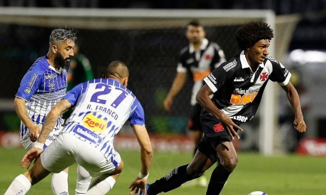 Talles Magno saiu no intervalo Foto: Rafael Ribeiro/Vasco