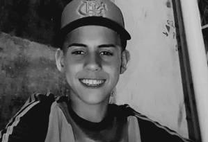 Kelvin Gomes morreu após ser vítima de uma bala perdida em uma operação na comunidade Para-Pedro, em Irajá Foto: Reprodução/ Redes Sociais