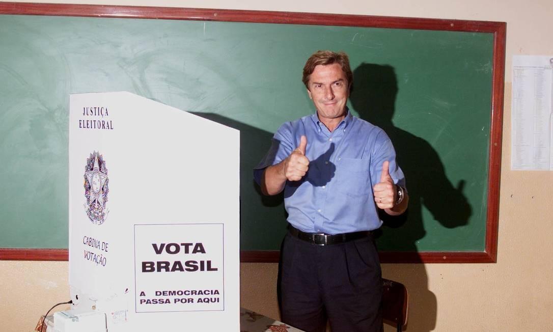 Fernando Collor se candidatou ao governo de Alagoas em 2002, mas não conseguiu se eleger Foto: Roberto Stuckert Filho / 06.10.2002
