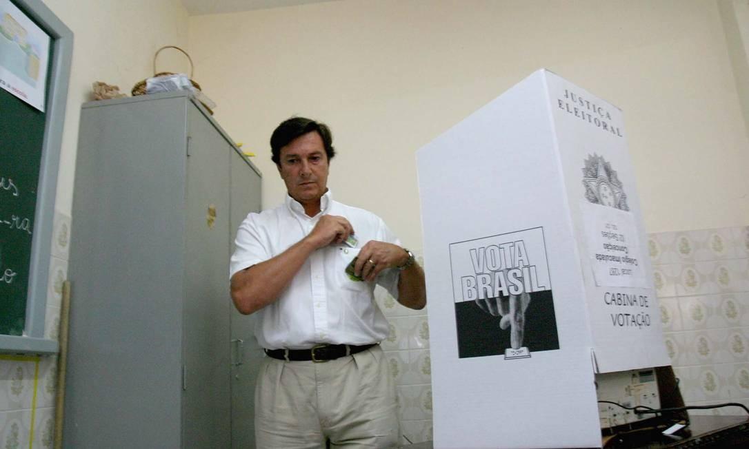 Fernando Collor se candidatou ao Senado por Alagoas e conseguiu se eleger em 2006 Foto: José Feitosa / 01/10/2006