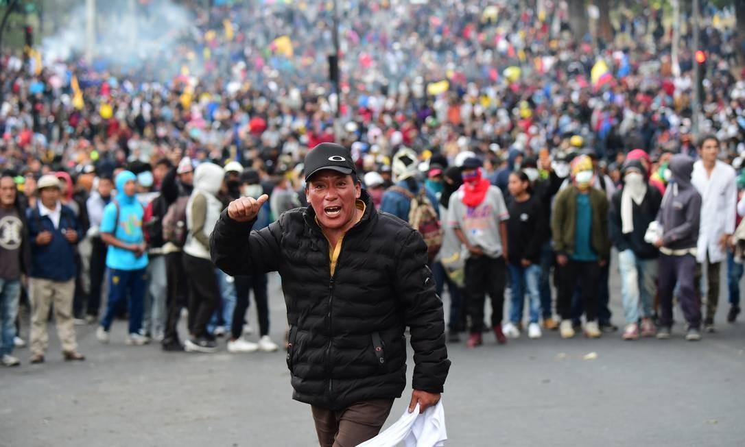 Em oito dias, os protestos já deixaram cinco mortos, 266 feridos e 864 detidos — dos quais 90% foram libertados sem nenhuma acusação criminal Foto: MARTIN BERNETTI / AFP