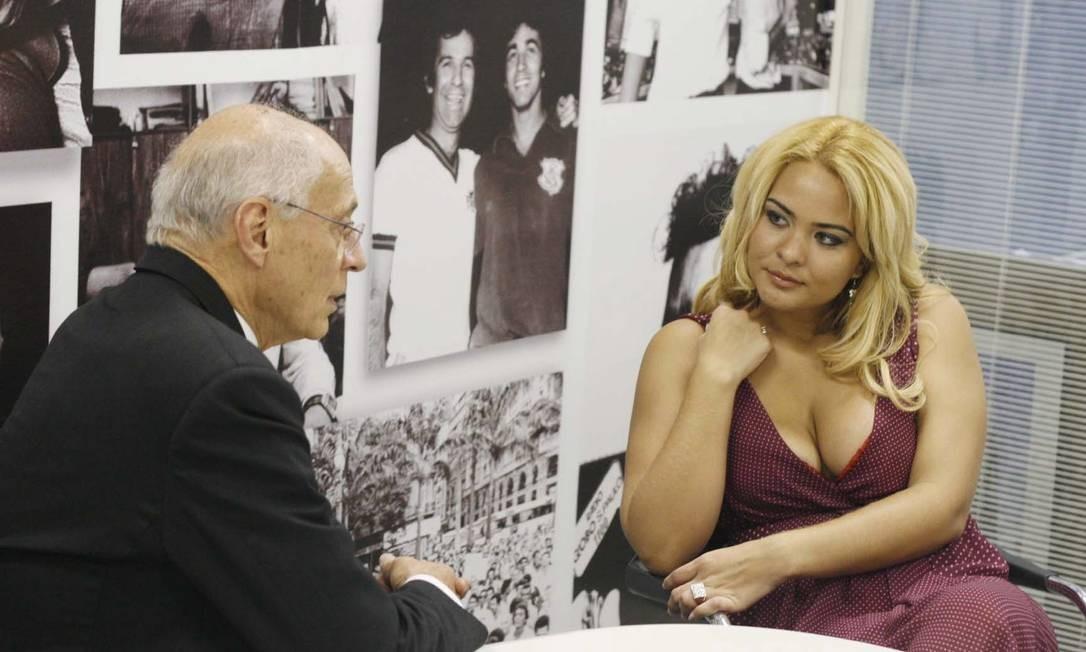 Geysi Arruda com o verador Eduardo Suplicy Foto: 13/10/2009