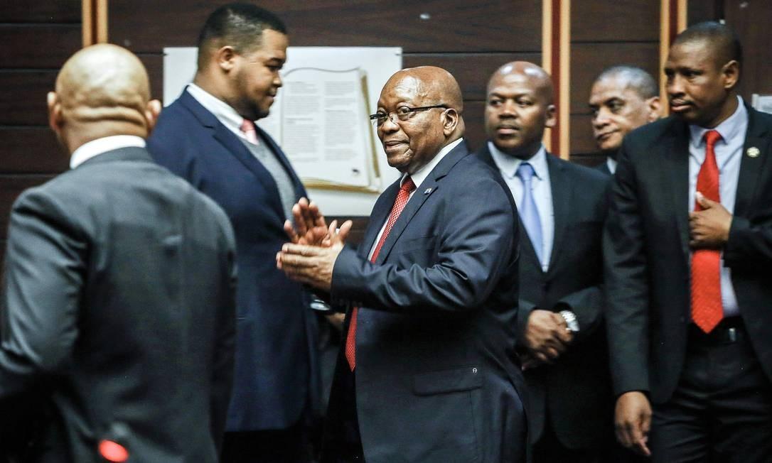 Jacob Zuma na Alta Corte de Pietermaritzburg onde teve negado seu pedido para que as acusações de corrupção fossem retiradas: ex-presidente da África do Sul se viu envolvido em uma série de escândalos que causaram sua queda em fevereiro de 2018 Foto: AFP