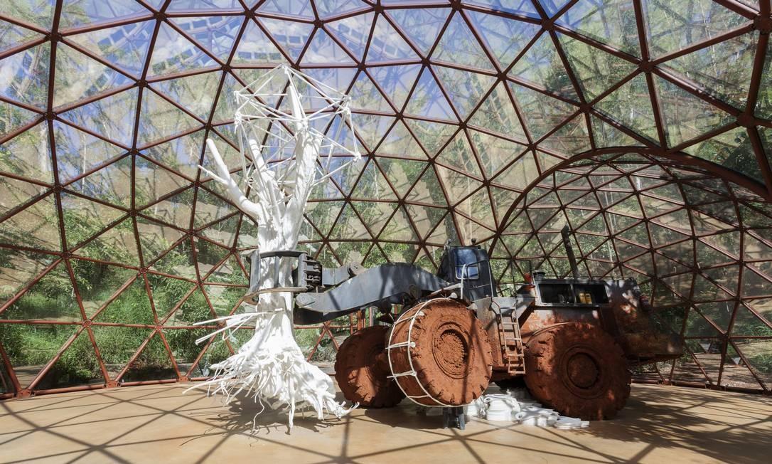 A obra 'De lama lâmina', de Matthew Barney, foi restaurada e será reaberta ao público de Inhotim Foto: Eduardo Eckenfels / Divulgação