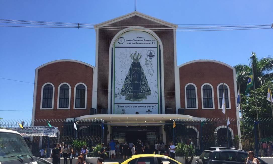 Igreja de Nossa Senhora Aparecida ficou lotada Foto: Ana Branco / Agência O Globo