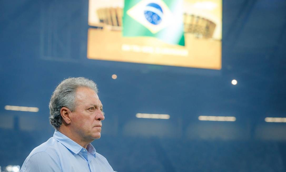 O técnico Abel Braga em partida do Cruzeiro Foto: Vinnicius Silva/Cruzeiro