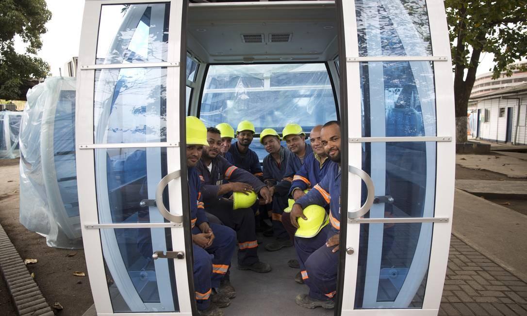 As cabines suportam até 640 quilos cada uma e contam com três travas externas e sistema de rádio para comunicação em casos de emergência Foto: Márcia Foletto / Agência O Globo