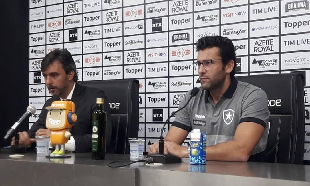 Alberto Valentim, técnico do Botafogo Foto: Igor Siqueira