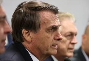 O presidente Jair Bolsonaro ao lado do presidente do PSL, Luciano Bivar em encontro da bancada do partido Foto: Marcos Corrêa / Presidência / 20-02-2019