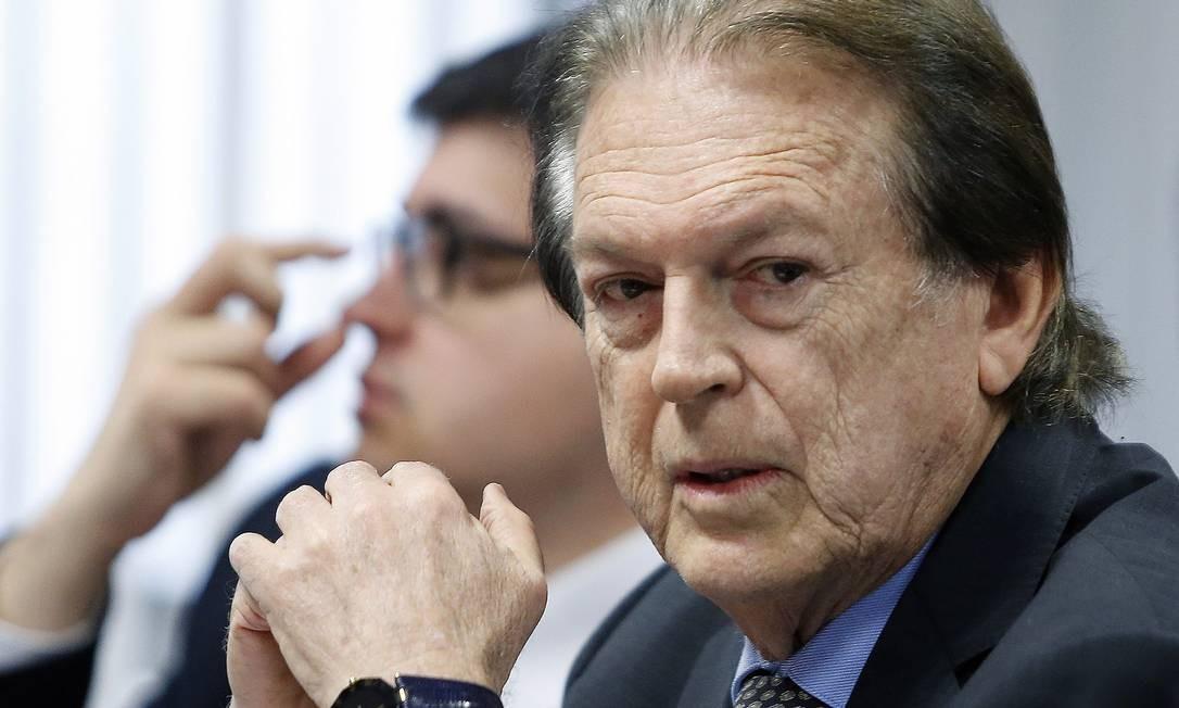 O presidente do PSL, Luciano Bivar, é alvo da Polícia Federal Foto: Jorge William / Agência O Globo