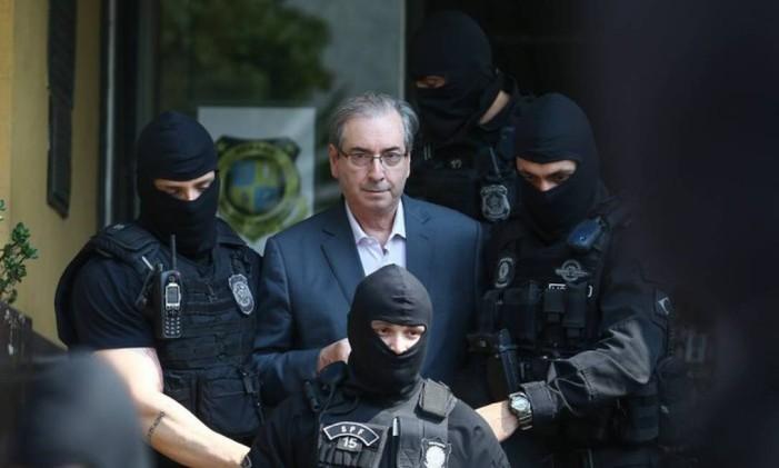 Preso desde 2016, o ex-presidente da Câmara Eduardo Cunha (PMDB-RJ) não poderá ser beneficiado por cumprir prisão preventiva em outros processos no âmbito da Lava-Jato. Foto: Geraldo Bubniak / Agência O Globo