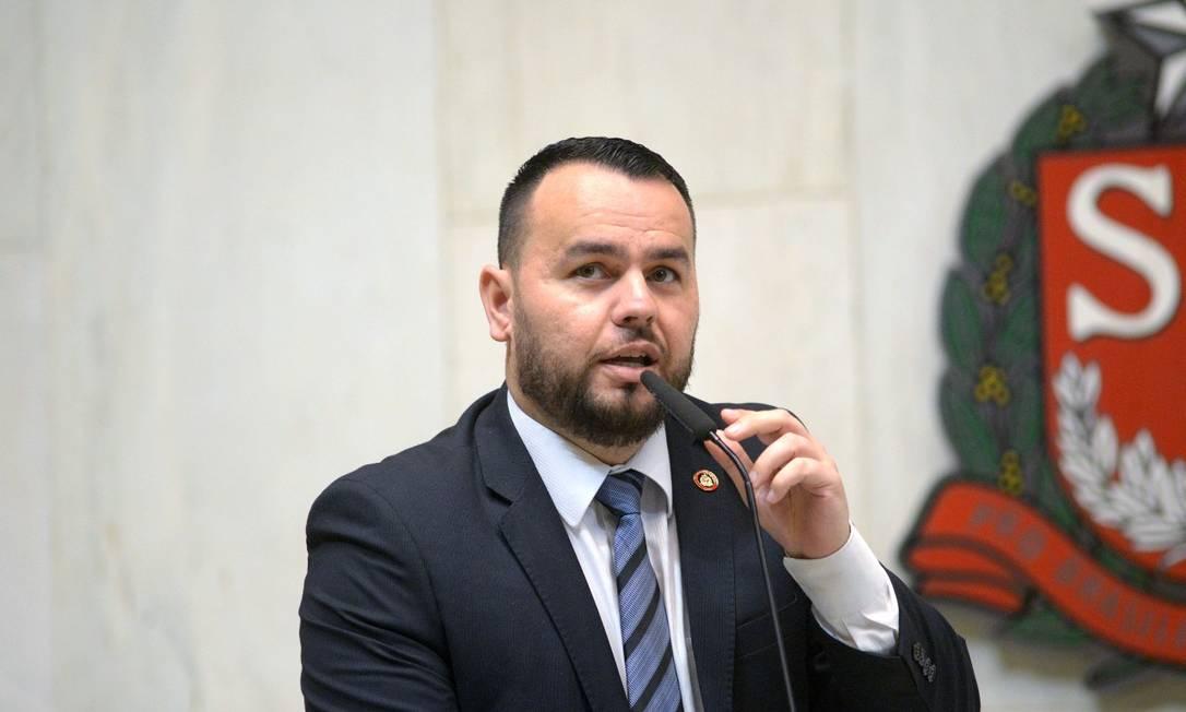 Gil Diniz, líder do PSL na Alesp, é acusado por ex-assessor de praticar 'rachadinha' em seu gabinete Foto: Reprodução