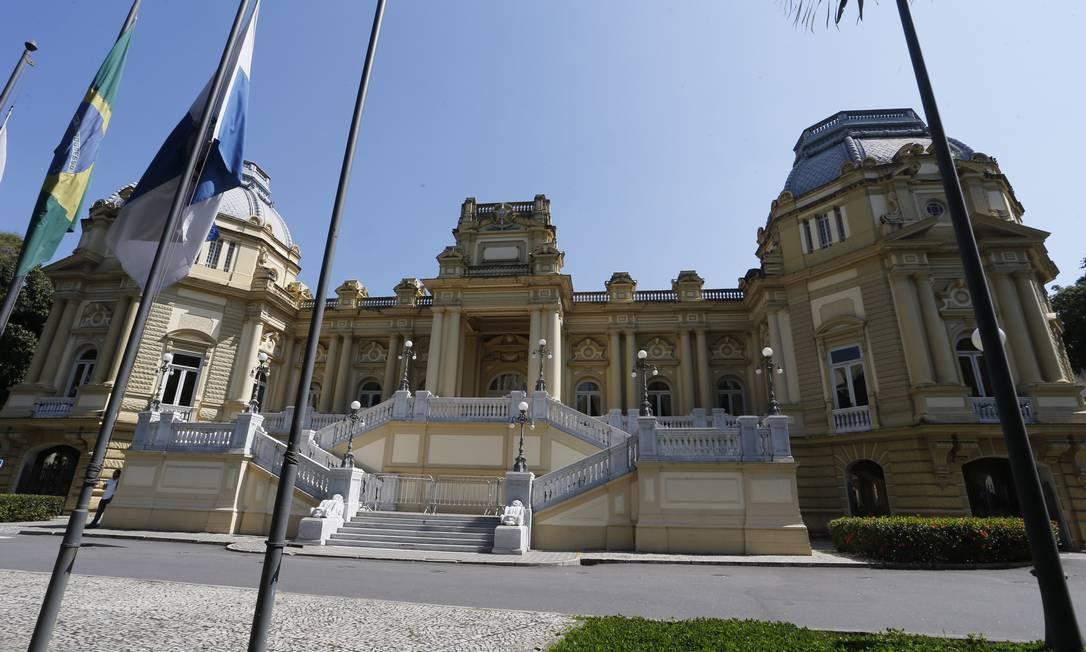 Conselho de Ajuste Fiscal do Rio abriu 27 processos. Na foto, o Palácio Guanabara, sede do governo Foto: Antonio Scorza / Agência O Globo