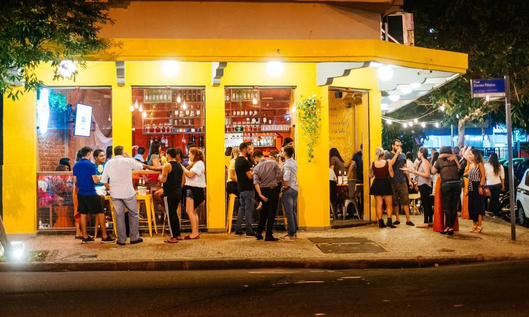 Caju Gastrobar. Novidade em Copacabana com clima de quintal de casa Foto: Divulgação