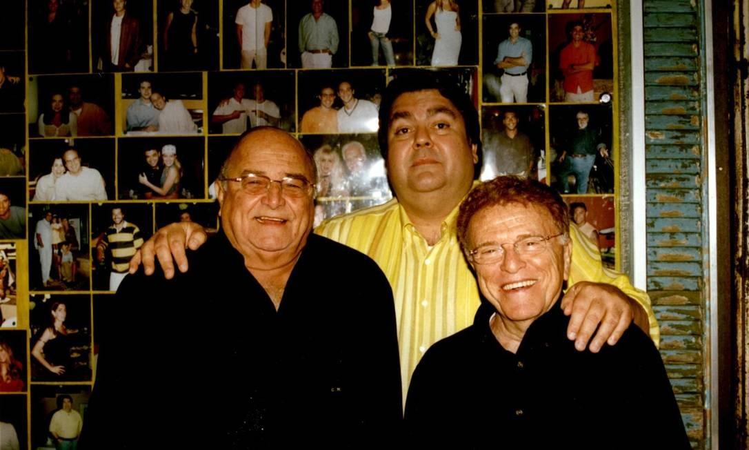 Carlos Manga, Faustão (meio) e Mauricio Sherman (direita) Foto: David Brazil / Divulgação