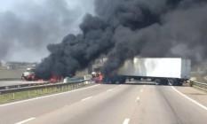Assalto em Viracopos fecha aeroporto, bloqueia rodovia e deixa dois baleados Foto: Reprodução / G1