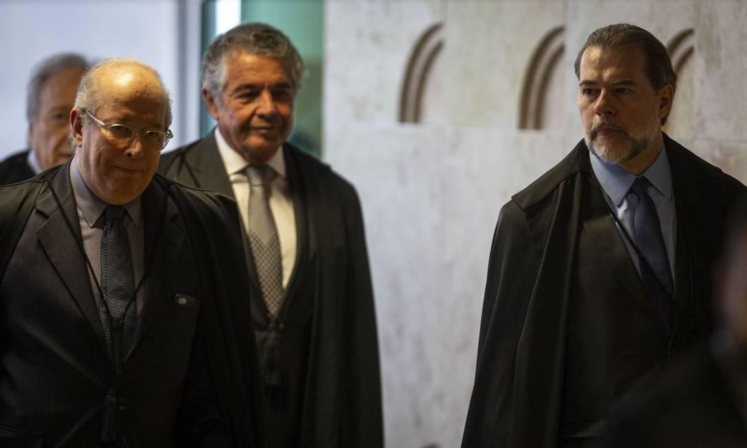 Os ministros do Supremto Tribunal Federal (STF) Dias Toffoli, Celso de Mello e Marco Aurelio de Mello Foto: Daniel Marenco / Agência O Globo