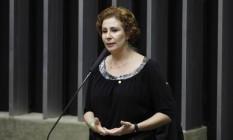 A deputada federal Carla Zambelli (PSL-SP) na tribuna da Câmara Foto: Luis Macedo/Câmara dos Deputados