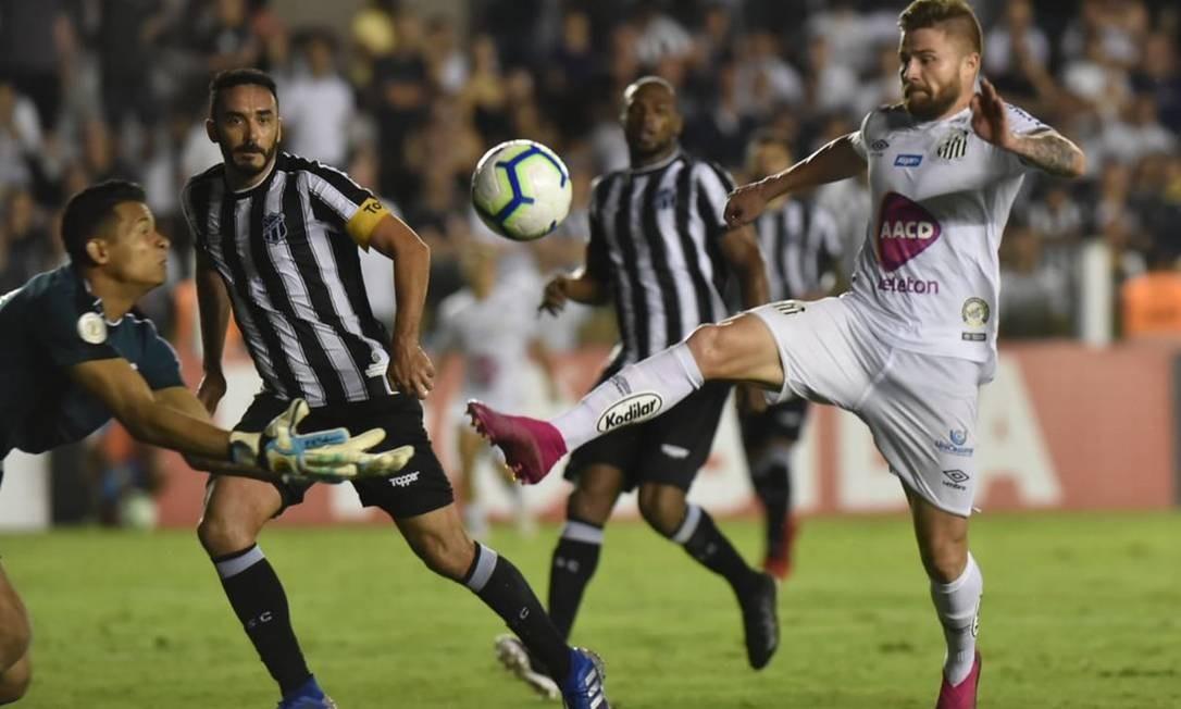 Na quinta-feira, o Santos de Sasha venceu o Ceará por 2 a 1 Foto: Divulgação/Santos FC