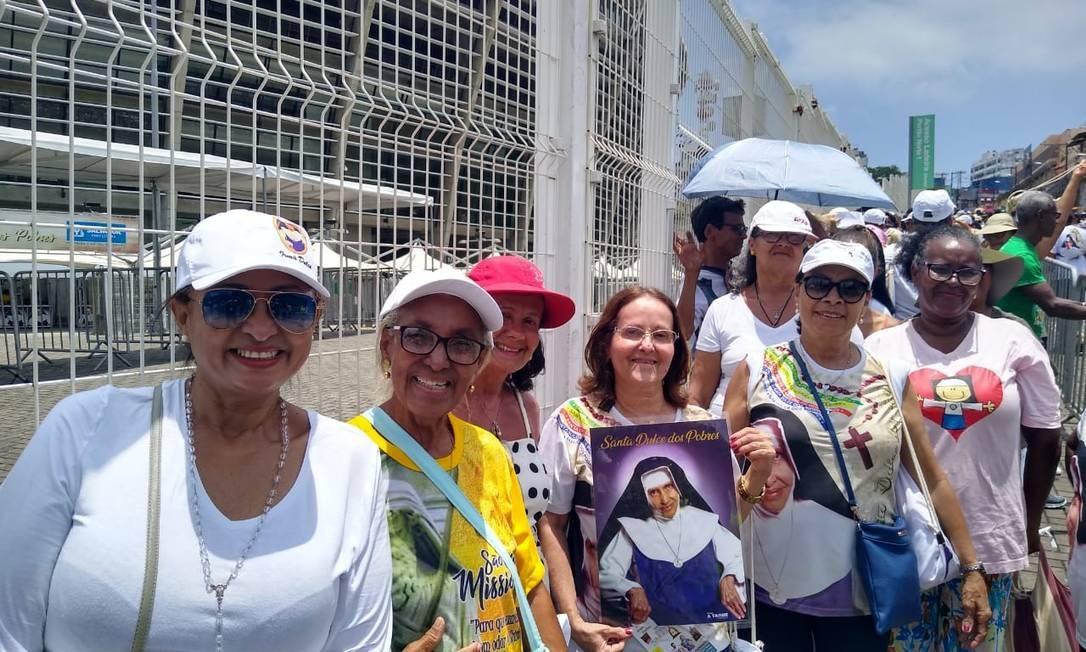 Público fez fila desde cedo para entrar no estádio Foto: Gustavo Maia