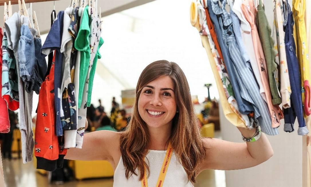 Destaque: Pensando em uma moda mais sustentável, a jornalista Graziela Miranda, de 30 anos, criou a Tuga. A empresa oferece kits mensais reutilizáveis de roupas para bebês de 0 a 18 meses Foto: Marco Sobral