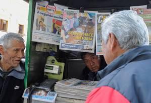 Jornais bolivianos indicam histórica possibilidade de segundo turno nas eleições presidenciais Foto: JORGE BERNAL / AFP