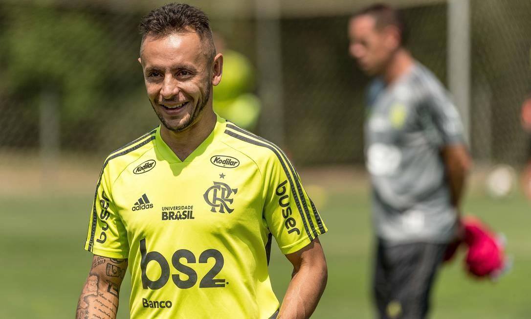 Rafinha não tem presença garantida entre titulares do Flamengo Foto: Divulgação